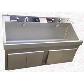 Amsco Flexmatic 2-bay Scrub Sink